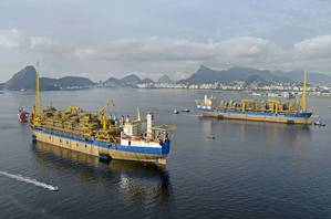 web Twin-FPSOs-Cidade-de-Marica-and-Saquarema-passing-in-Guanabara-Bay-Rio-MAK_5519-copy_Original_8686.jpg