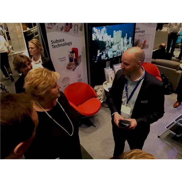 Prime Minister Norway and Jan Fredrik Carlsen of Optime Photo credit Optime.jpeg